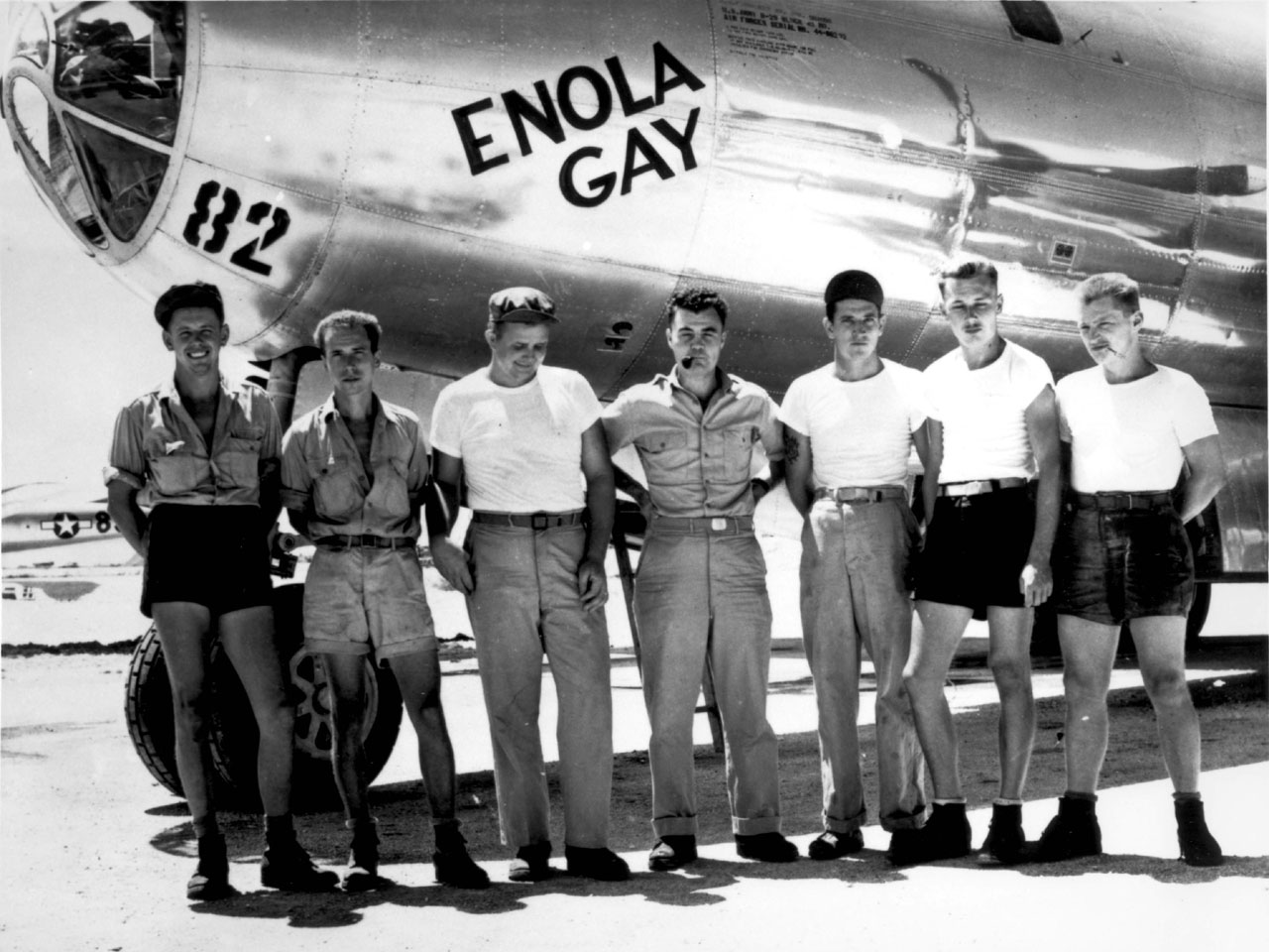 """MARIANAS: CREWS The ground crew of the B-29 """"Enola Gay"""" which atom-bombed Hiroshima, Japan.  Col. Paul W. Tibbets, the pilot is the center.  Marianas Islands."""