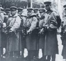 永田町を占拠する兵士