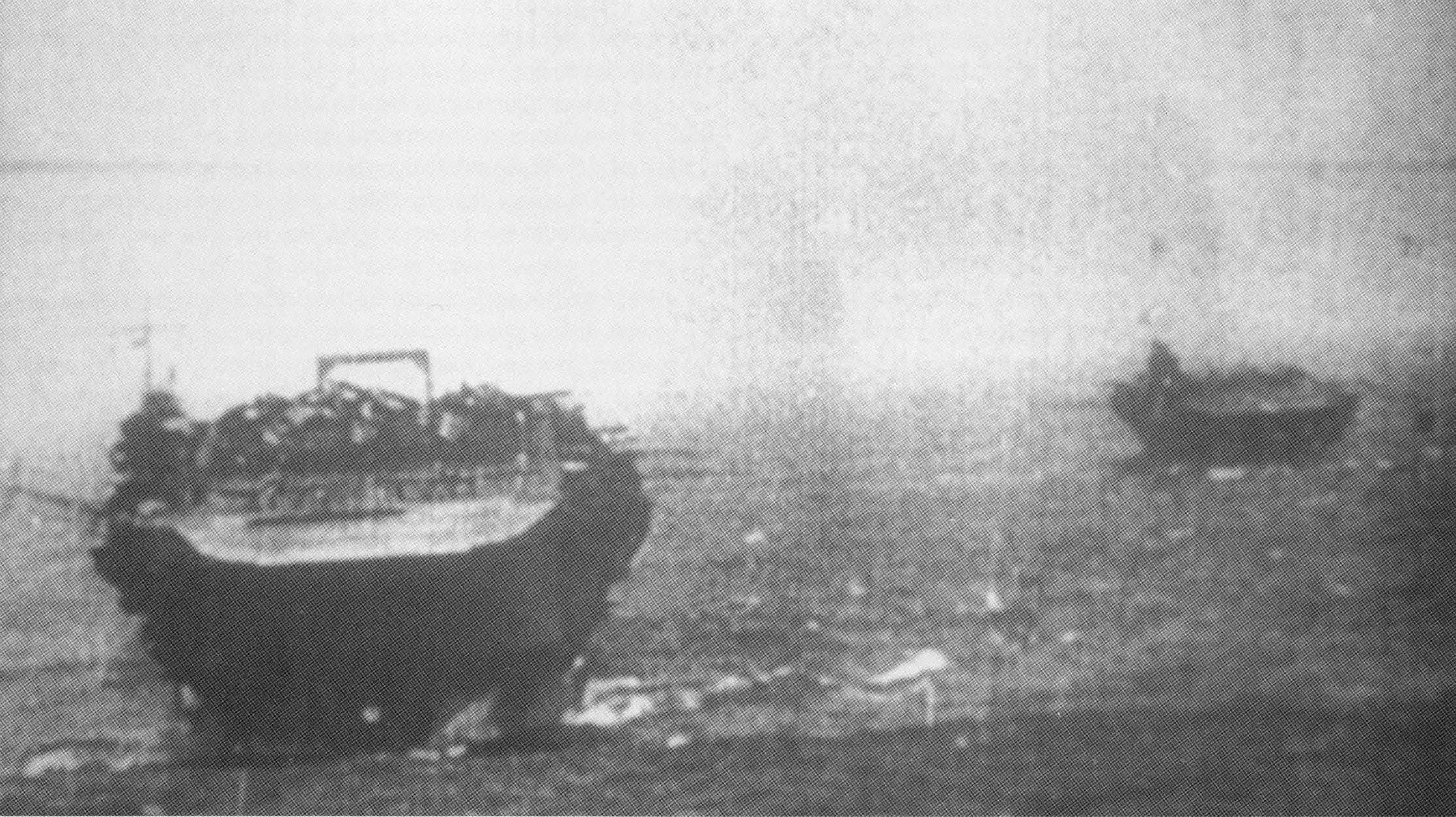 は真珠湾攻撃での日本空母「加賀」と「瑞鶴」