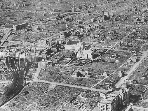 空襲後の大阪市